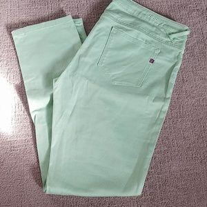 Vigoss light green skinny pants